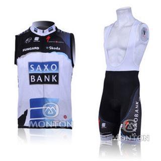 2010年 SAXO BANK チョッキ サクソバンク 袖なしジャージ